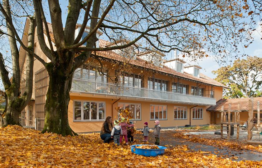 Kinderhaus Oerlikon: Hofanssicht